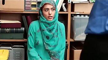 Arab girl sucks & fuck in office