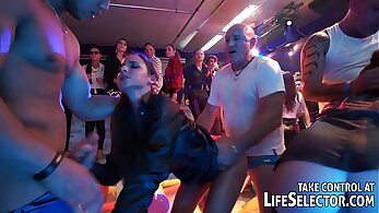Aaliyah Rose swinger party hardcore