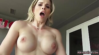 mother craves to fuck her step son