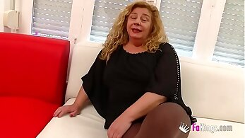 Chubby Milf Sucking Young Dude In A Threesome