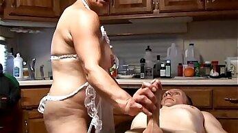 Awesome sluts wear sexy lingerie sucking shlong