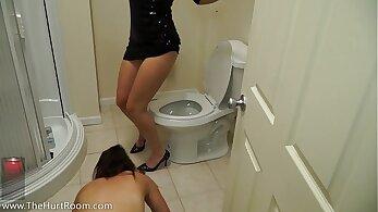 Big ass fucks and cums in the bathroom sex jock