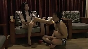 Chinese femdom crotchfetish judge