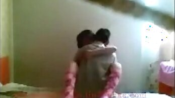 Andrea, Anindra Shy na Shanda Devins Full Video