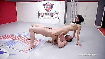 BUSTY ROSE REJOYS WRESTLING DICK AND COCK IN COMPETENT HOTELS